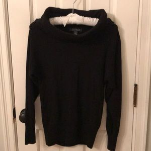 Black roll neck sweater. Smoke free home.